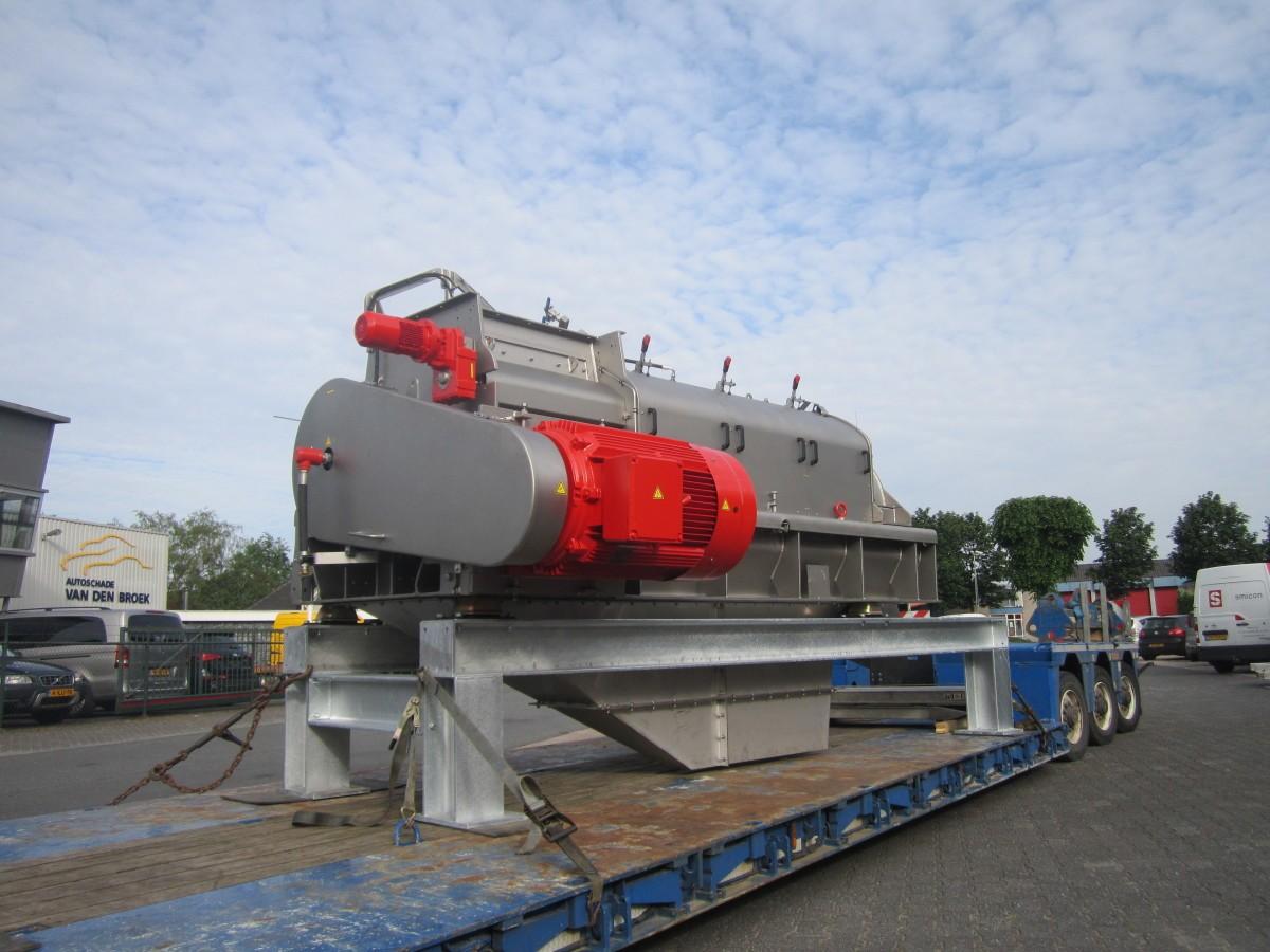 SMIMO160 on trailer slant