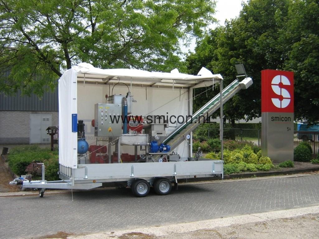 Mobiele installatie MAS schroefpersfilter
