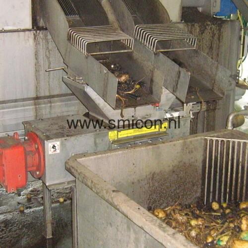 Aardappelen bewerkt grofversnijder