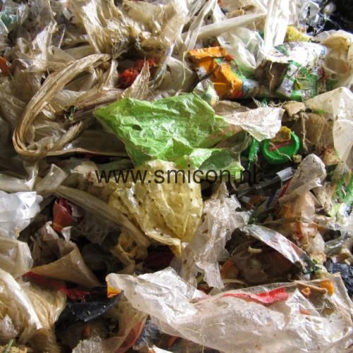 Abfuhr Verpackung Restprodukt von Supermarkten